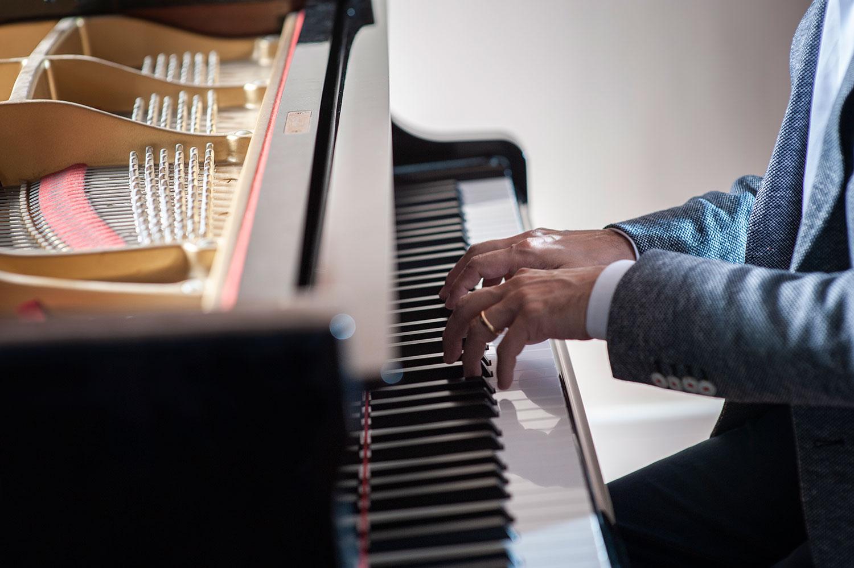 Fabio di Biase playing piano